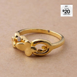 Jewelry - Heart & Butterfly Crystal Ring Gold